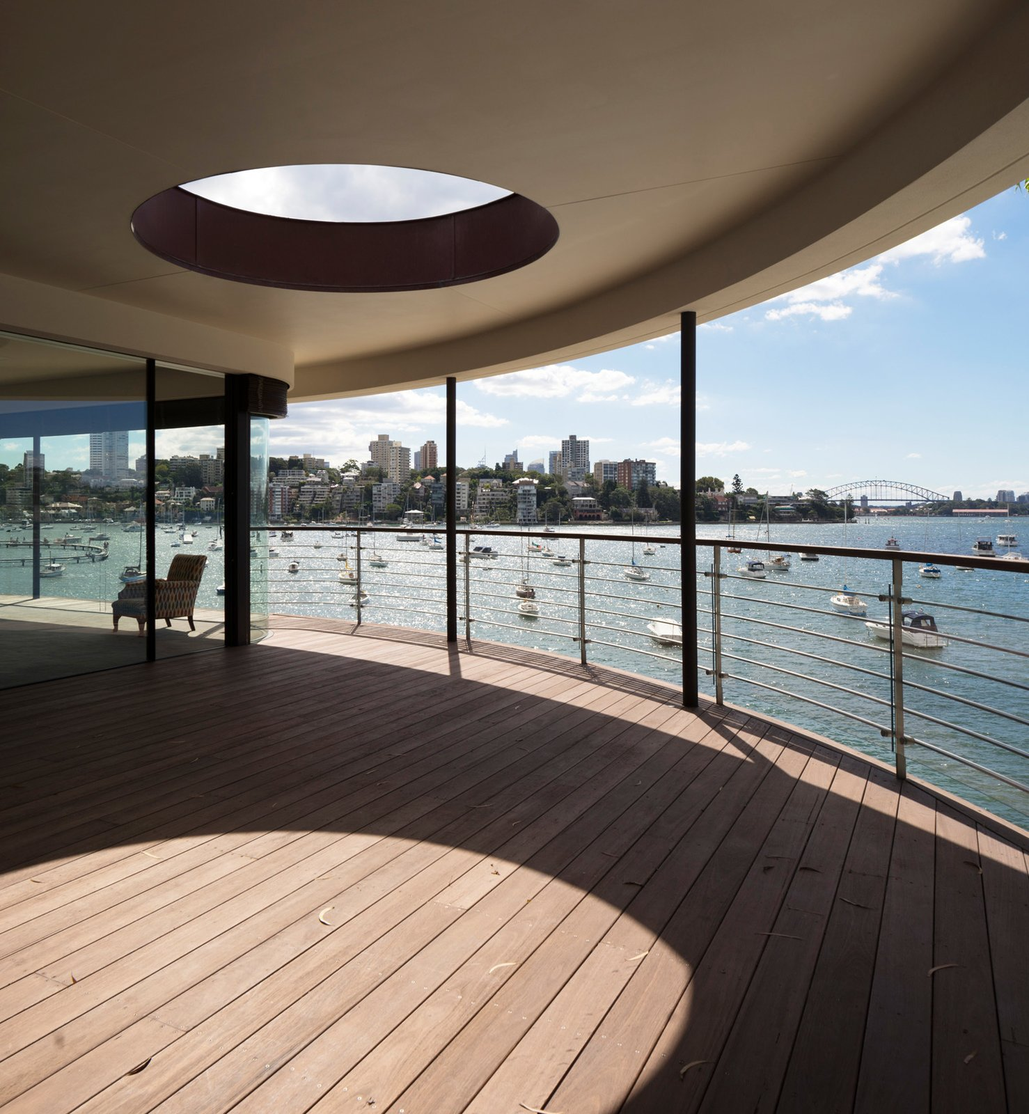 © Justin Alexander  Harbour Front-Row Seat by Luigi Rosselli Architects
