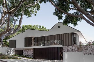Top 5 Homes of the Week With Funky Facades - Photo 2 of 5 -