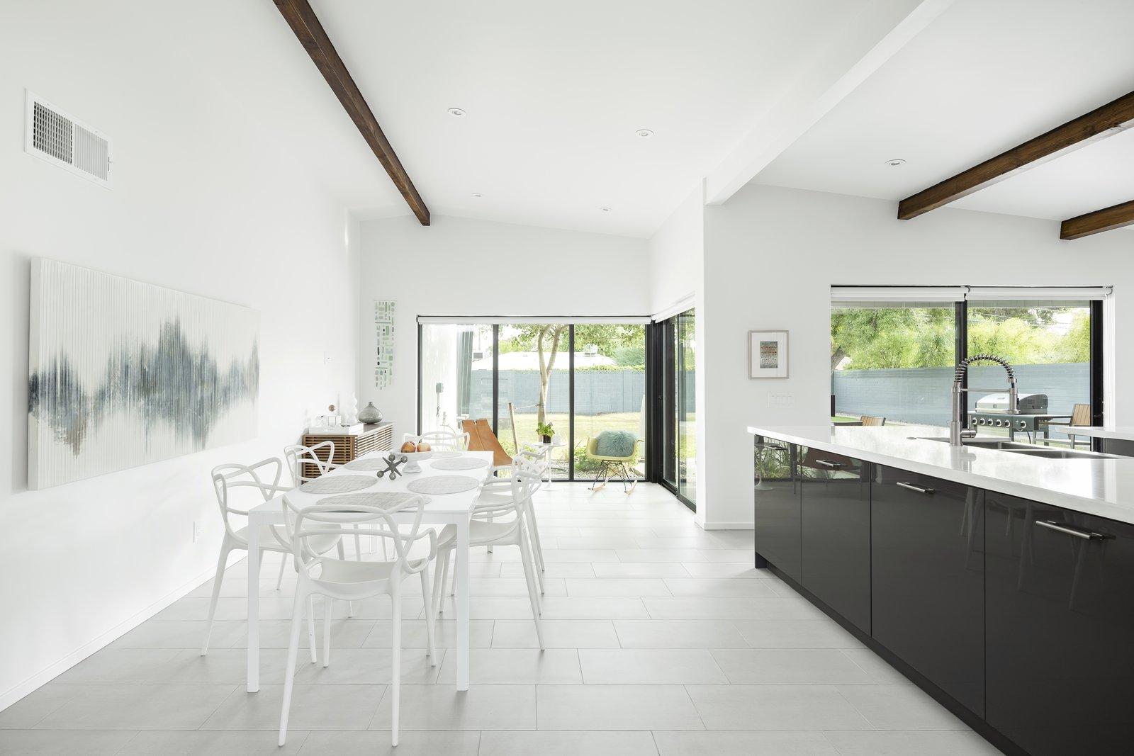 #midcenturymodern #dining #kitchen #interior #phoenix #arizona