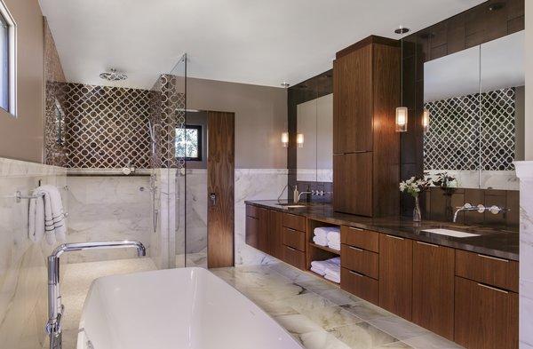 Master Bath Photo 3 of Myrtle MidCentury modern home