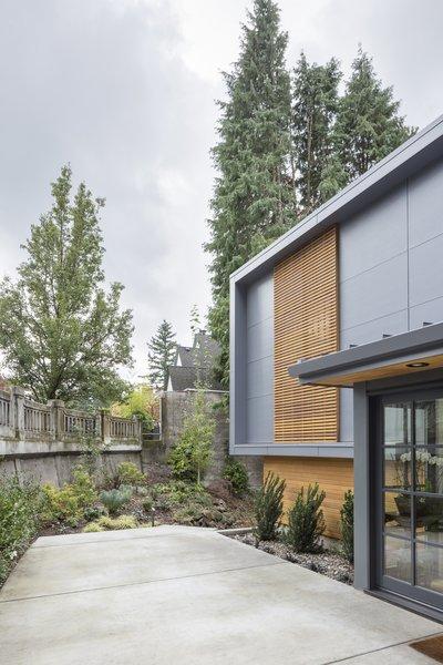 Entry Photo 18 of Heiser Residence modern home