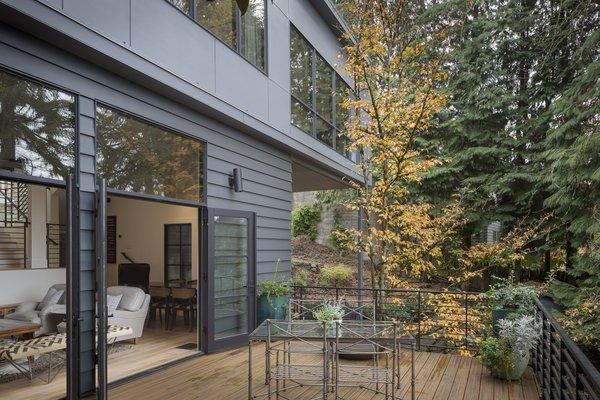 Main Deck Photo 19 of Heiser Residence modern home