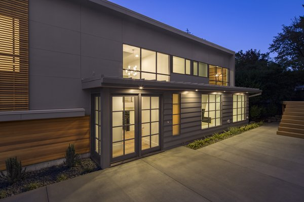 Entry Photo 16 of Heiser Residence modern home