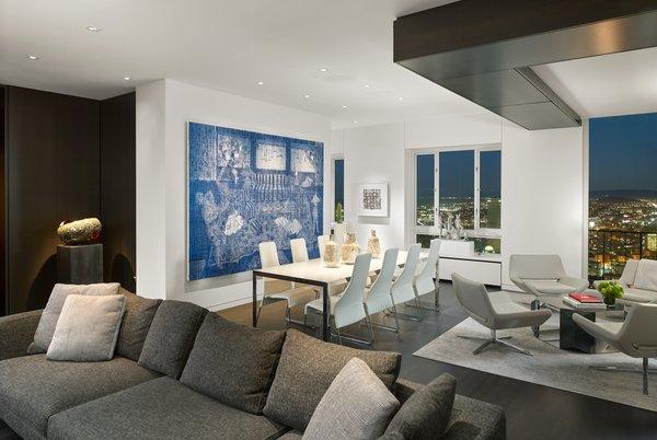 Photo 10 of Sky Gallery Residence modern home
