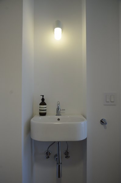 Making the most of a powder room Photo 9 of Norfolk Manor modern home