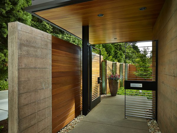 Photo 5 of Courtyard House modern home