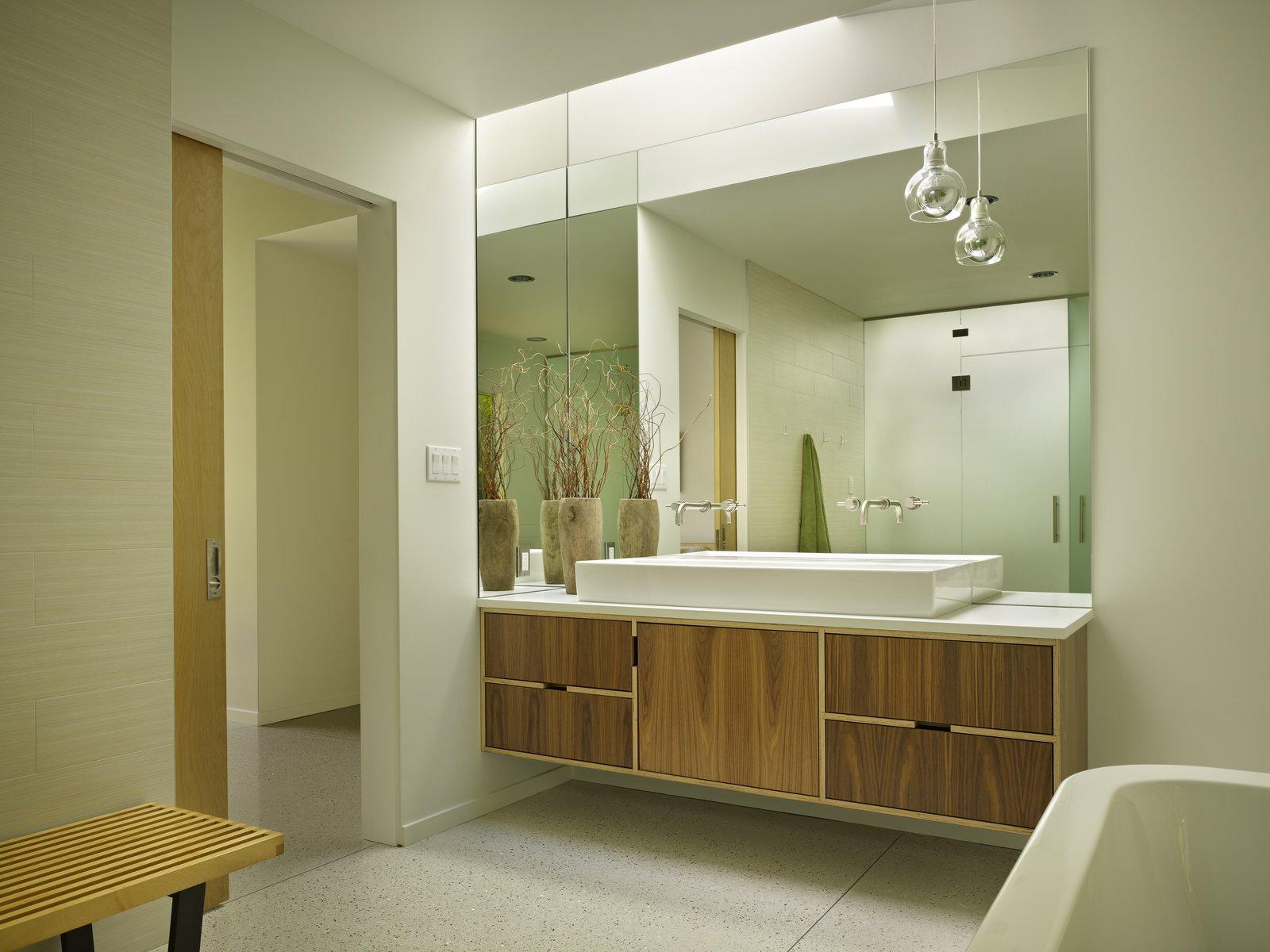 Lakewood Modern by DeForest
