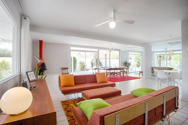 Photo  of Vacation Rental modern home