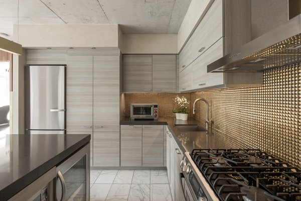 A new metallic, profiled backslash was added. Photo 3 of Thompson Hotel Private Suite modern home