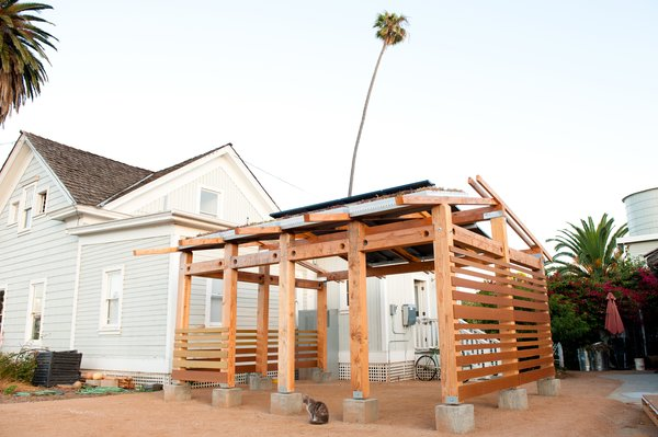 #solar #greenbuilding #liveroof #outbuilding #probono Photo 10 of Energy Lab at the Ecology Center modern home