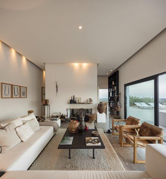 Photo 10 of Grândola Residence modern home