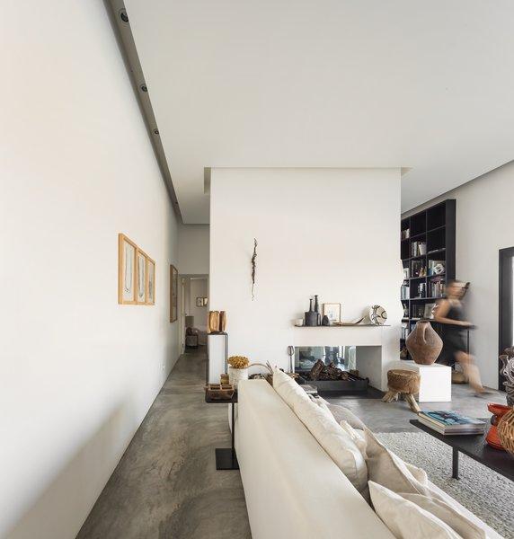 Photo 20 of Grândola Residence modern home