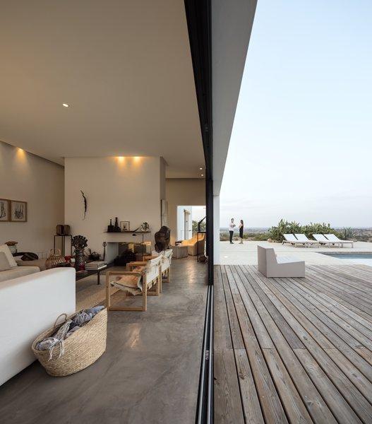 Photo 15 of Grândola Residence modern home