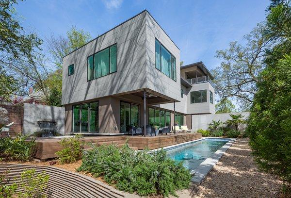 Photo  of 765 East modern home