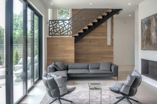 Photo 4 of Ashley II modern home
