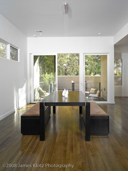 Modern home with dining room. Photo  of East Residence