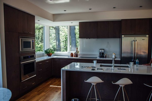Modern home with kitchen. Photo 10 of Simple Haus