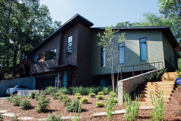 Modern home with outdoor. Photo 7 of Simple Haus