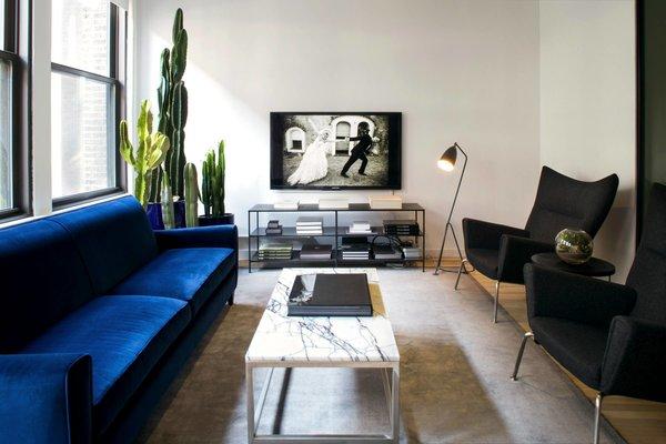 #NewYork  #interiordesign #architecture #architects #photography #light #studio #contemporary #modern #tomdixon #kitchen #nyc #usa #design #nice #inspiration #designer #interiordesigner #furniture #interior  Photo 5 of Photography Studio modern home