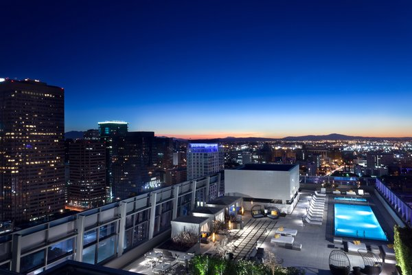 Photo  of Ritz-Carlton Residences at LA LIVE, 48G modern home