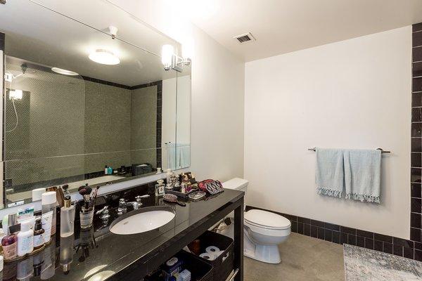 Photo 4 of Eastern Columbia Lofts, 511 modern home
