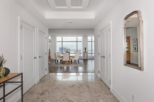 Photo 2 of Ritz-Carlton Residences at LA LIVE, 47G modern home