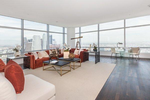 Photo 4 of Ritz-Carlton Residences at LA LIVE, 47G modern home