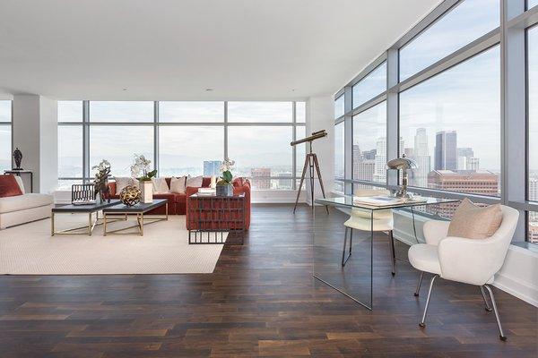 Photo 5 of Ritz-Carlton Residences at LA LIVE, 47G modern home
