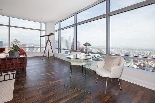 Photo 6 of Ritz-Carlton Residences at LA LIVE, 47G modern home