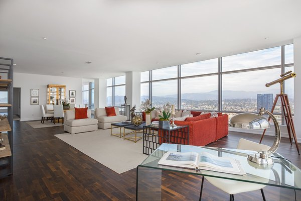 Photo 10 of Ritz-Carlton Residences at LA LIVE, 47G modern home
