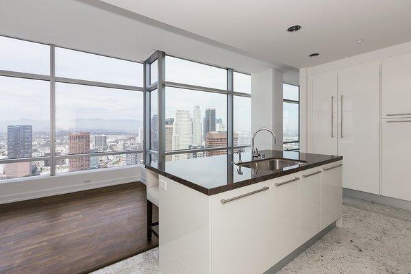 Photo 18 of Ritz-Carlton Residences at LA LIVE, 47G modern home