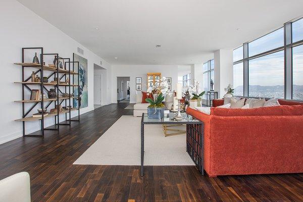 Photo 11 of Ritz-Carlton Residences at LA LIVE, 47G modern home