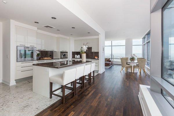 Photo 16 of Ritz-Carlton Residences at LA LIVE, 47G modern home