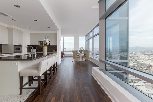 Photo 20 of Ritz-Carlton Residences at LA LIVE, 47G modern home