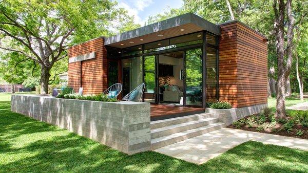 Photo 2 of Lake Austin Cabin modern home
