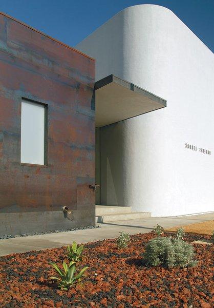 Gallery Entrance / Exterior Cladding Photo 11 of Samuel Freeman Gallery - Culver City Arts District modern home