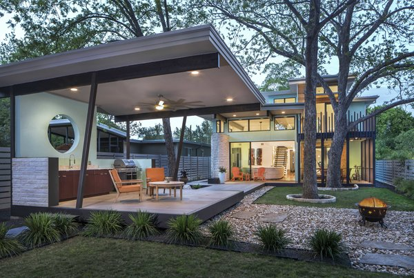 Dwell 25 Blissful Backyards