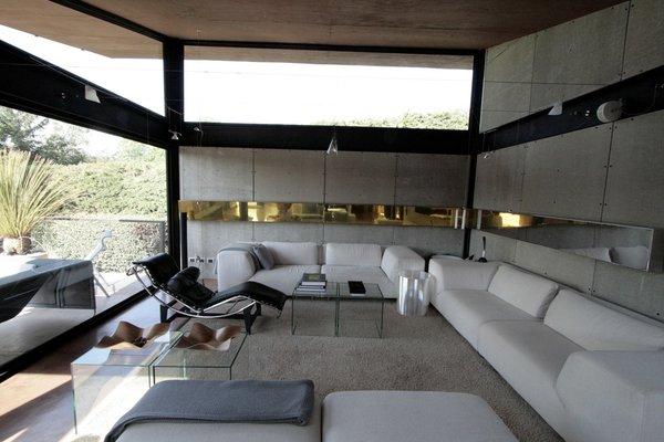 Photo 4 of Casa Lau modern home