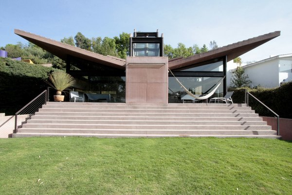 Photo 2 of Casa Lau modern home