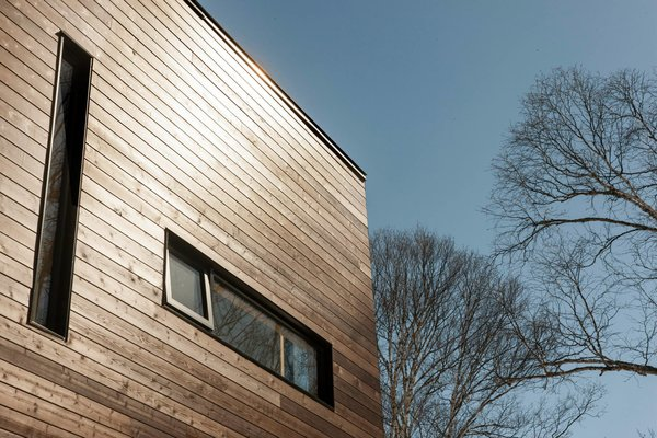 Photo 5 of Cubic house in the Laurentian forest modern home