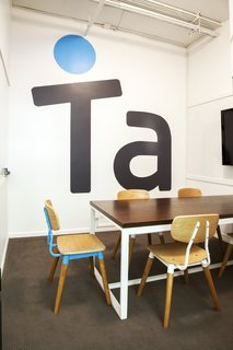 DANI ARPS DESIGNS COOL, CREATIVE SPACES THAT STARTUPS NEED TO SUCCEED - Photo 3 of 3 -
