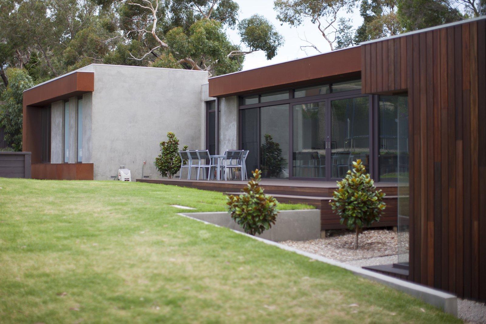 Entertaining Area  Pod Residence by Bespoke Architects