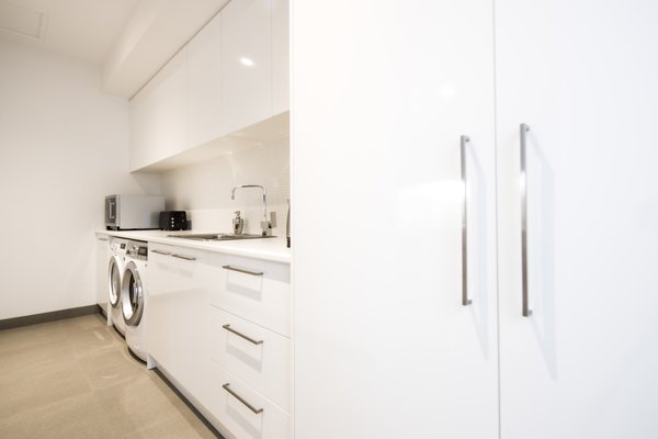 Laundry and Walk In Pantry Photo 6 of Derbyshire modern home