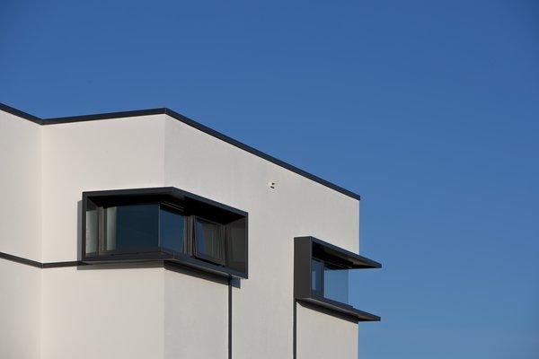 Corner Windows Photo 2 of Bespoke Derbyshire House 2 modern home