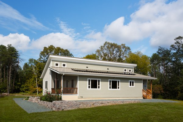 Prefabricated net-zero home by Deltec Homes Photo 7 of Net-Zero Prefab Home modern home