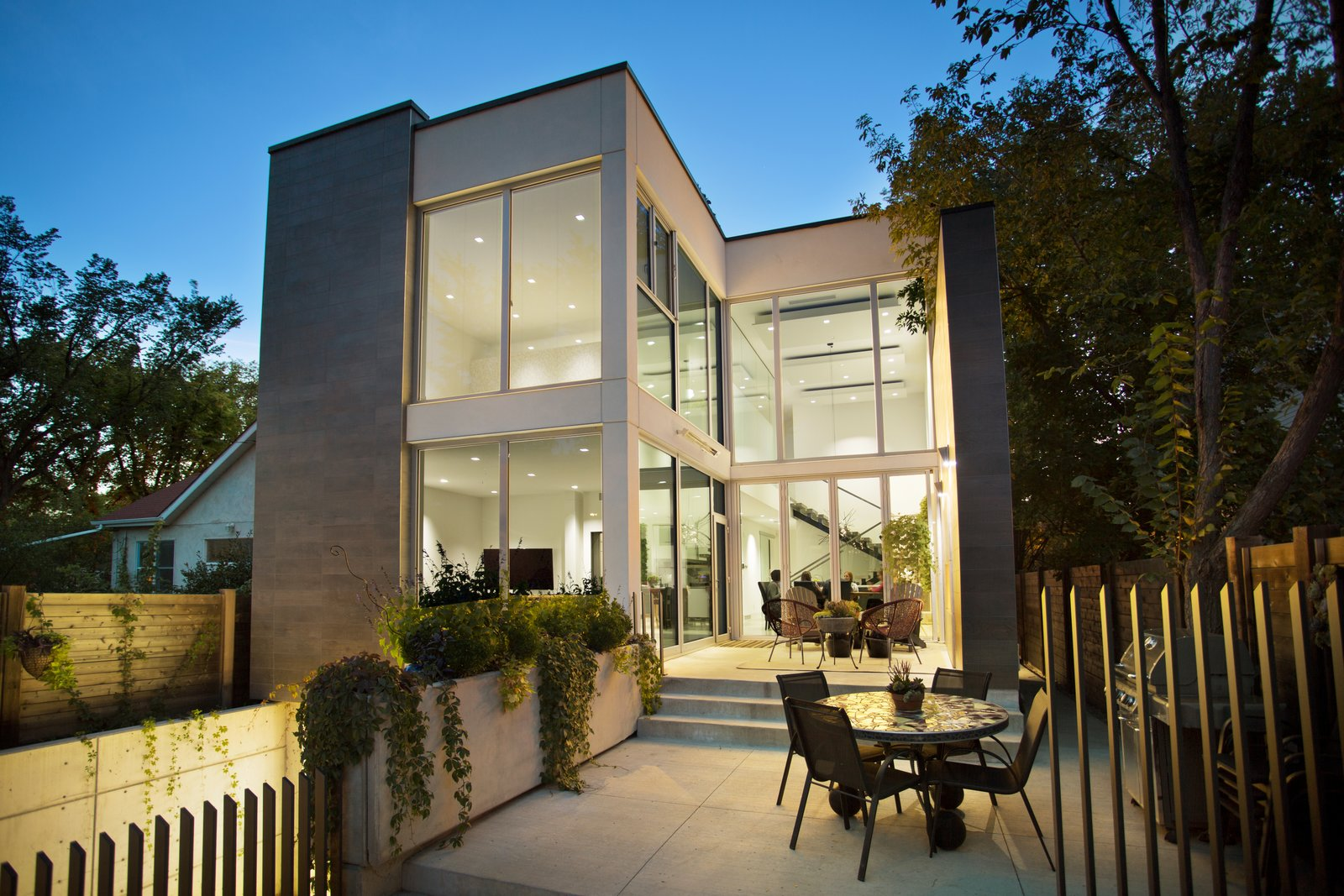 Modern Infill by BONE Structure