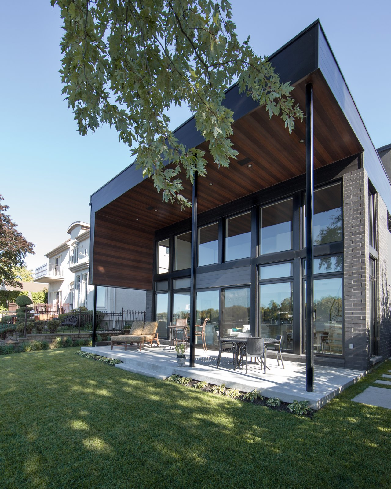 Water Front Residence by BONE Structure