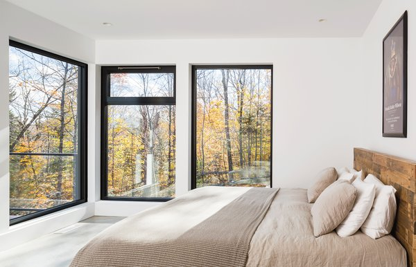 Photo 7 of The Laurentians Residence modern home
