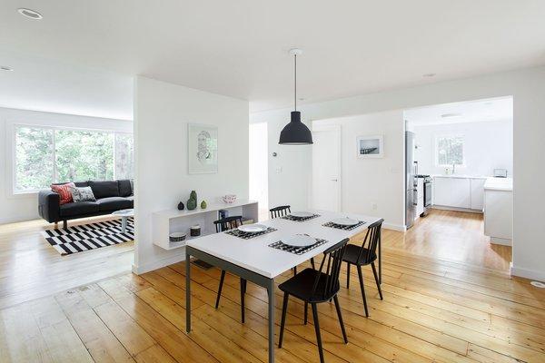 Photo 14 of The Bracy House modern home