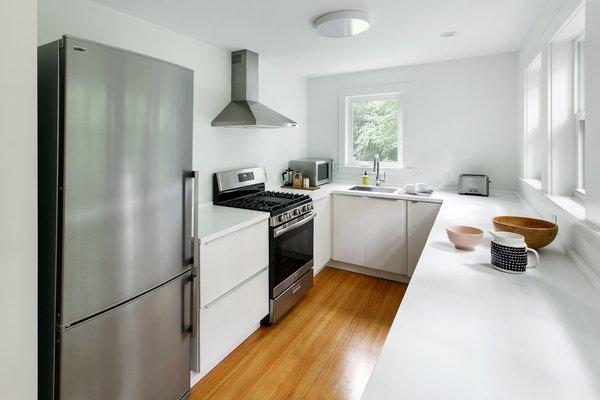 Photo 13 of The Bracy House modern home
